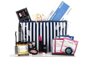 HauteLook Beauty Bag